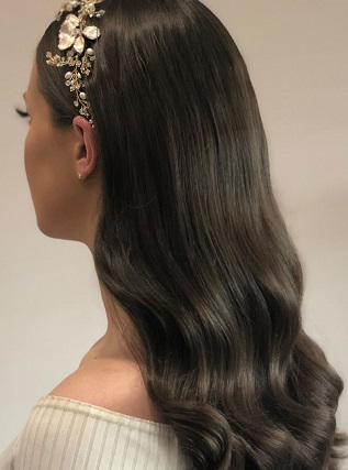 Beauty With Chocolate Brown Clip In Hari Extensions